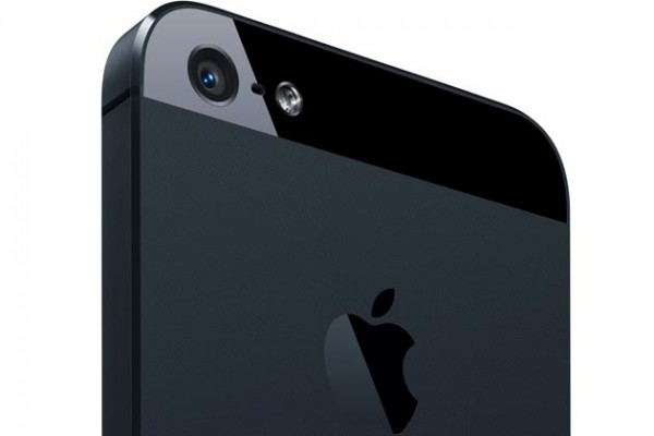 iPhone 5S poder vir com cmara traseira de 12 megapixis e disparo noturno melhorado