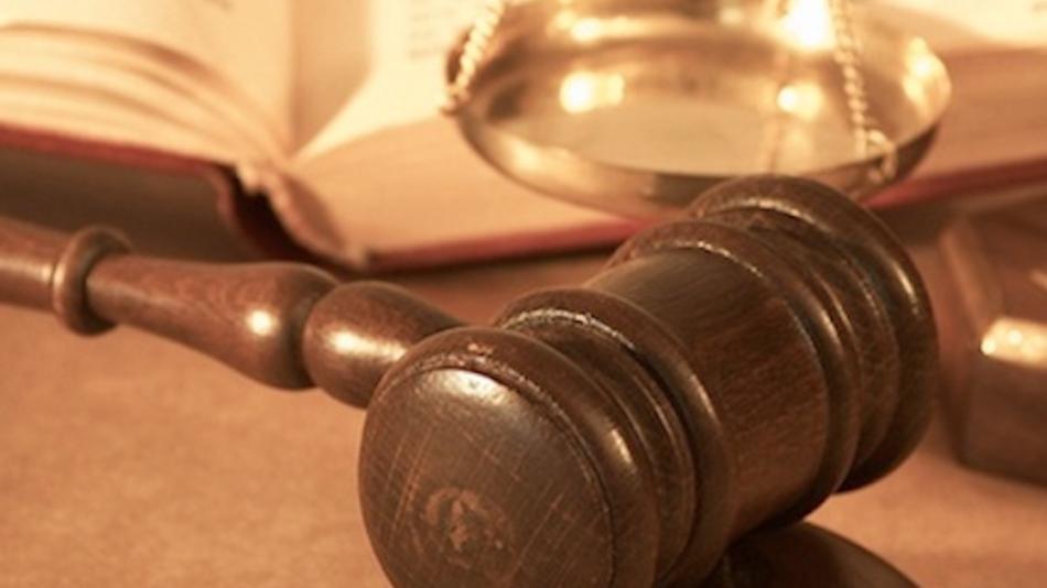 judge-dismisses-apple-vs-google-smartphone-patent-case-282f834a76