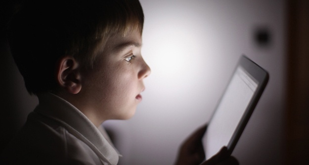 child-using-tablet-625x333